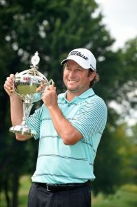 Tim Clark earned his second win on Canadian soil with 5 back nine birdies. Photo courtesy of torontosun.com